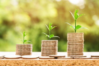 Българската икономика постепенно набира обороти и плавно увеличава своя ръст