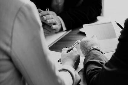 От комисията търсят активното съдействие на клиентите Във връзка с