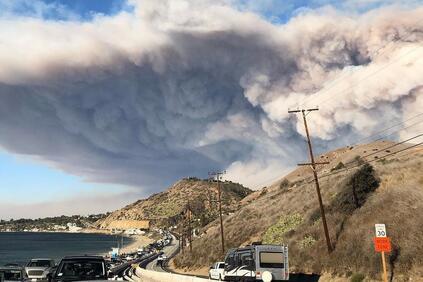 Снимка: Застрахователи от САЩ съдят енергийна компания заради горските пожари в Калифорния