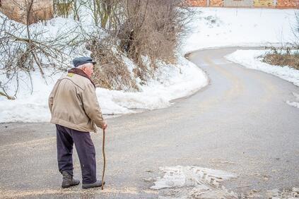 Снимка: Всеки трети пенсионер у нас е бил в риск от бедност според анализ на Евростат