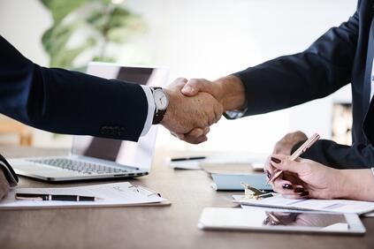 Снимка: Банка ОТП приключи сделката по придобиване в България